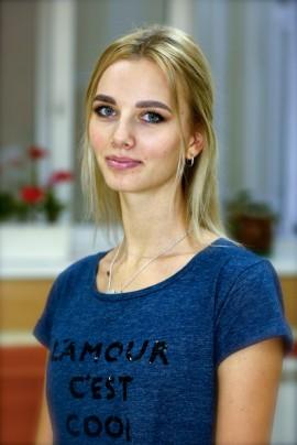 Попова Галина Дмитриевна